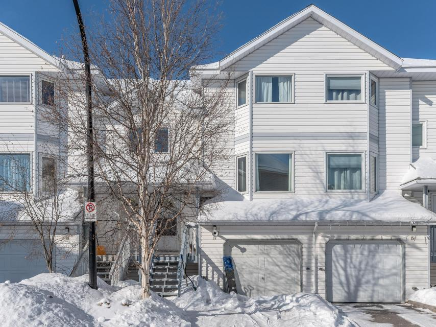 17 Gold City Court, Frame Lake, Yellowknife